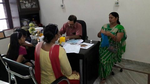 Dr. Sunita Sharma informed the patients about the symptoms of breast cancer, causes and its remedies.